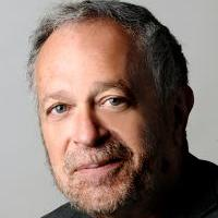 Headshot of Robert Reich
